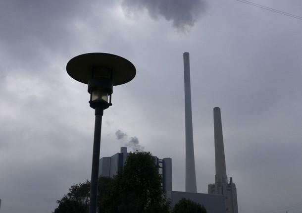 Удушающими выбросами вновь накрыло Омск